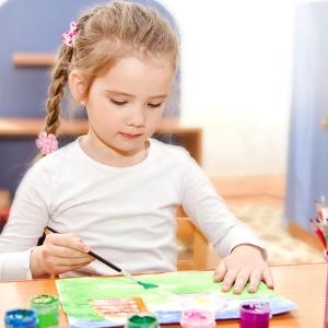 袋鼠早教中心培养孩子