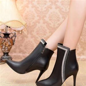 左右缤纷定制女鞋品牌