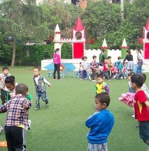 博申幼儿园室外
