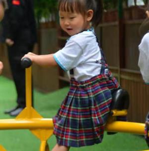 育文蒙特梭利幼兒園歡樂