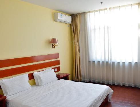 逸和快捷酒店大床房
