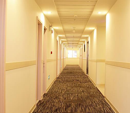 逸和快捷酒店走廊