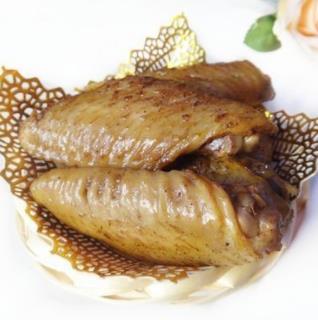 阿滿鹵香雞大雞翅