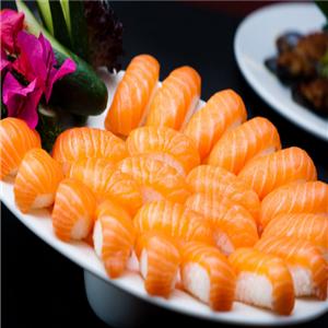 亿品鲜三文鱼刺身产品