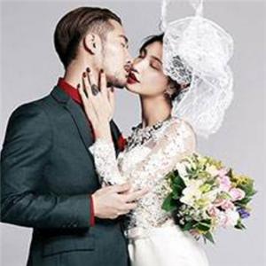 情忆时尚婚纱摄影复古