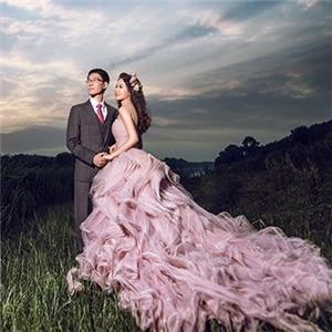 情忆时尚婚纱摄影外景