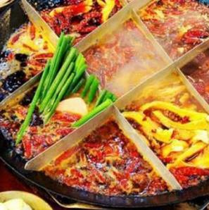 金龍匯生榨椰汁雞豬肚雞小龍蝦加盟