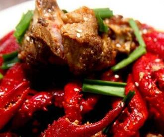 金龍匯生榨椰汁雞豬肚雞小龍蝦蒜香