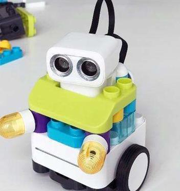 中鸣教育机器人系列