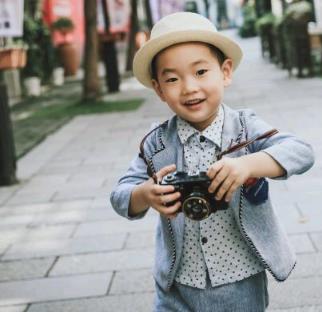 大自然兒童攝影帥氣