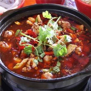 莊記雞煲王特色