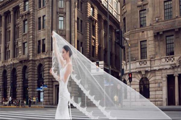 LaMoon婚纱古典