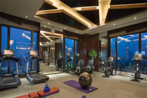 五洲風情健身房