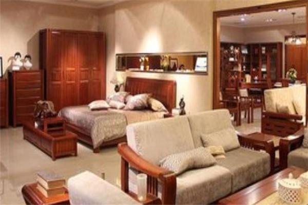 歐上名居家具沙發