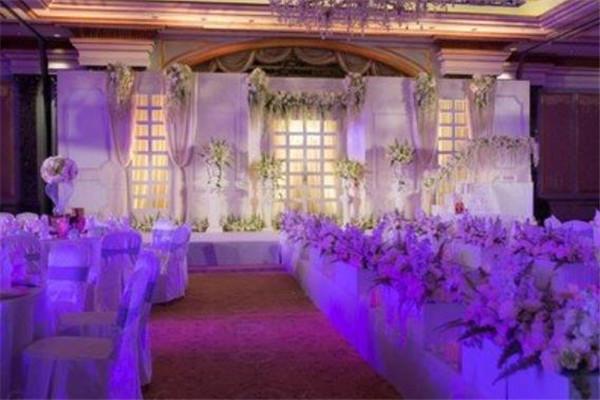 花海閣主題婚禮會館紫色花海