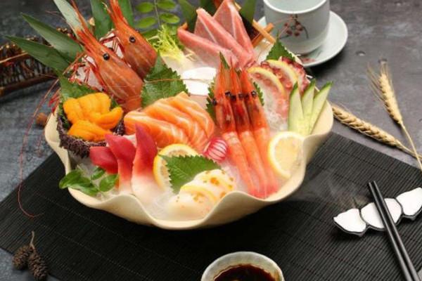 小句号日式料理刺身