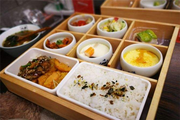 丸武食事处米饭