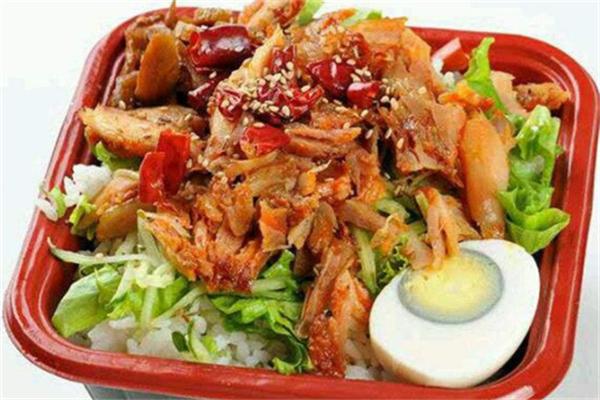 食米香烤肉拌饭