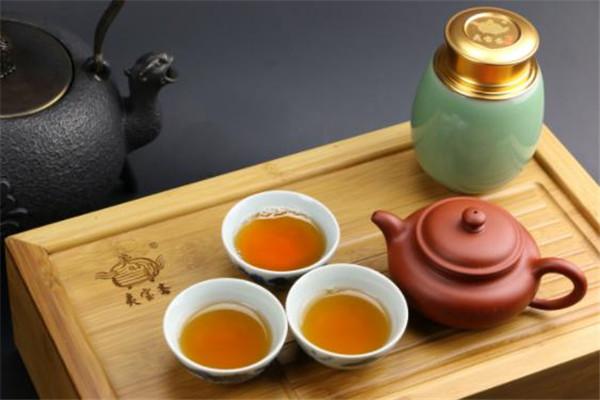 天富茗茶喝茶