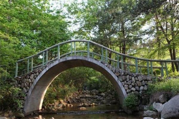 天外天度假村桥
