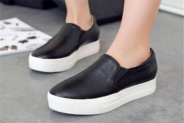 一腳蹬女鞋白色