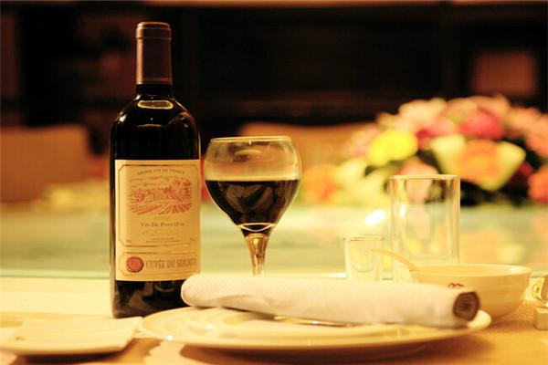 中華葡萄酒加盟
