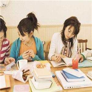 興語傳文作文培訓學習