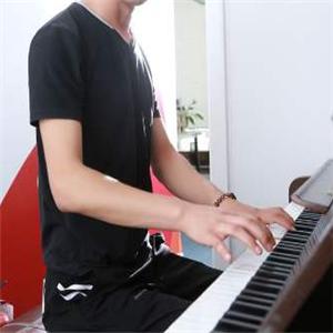 先藝音樂培訓鋼琴