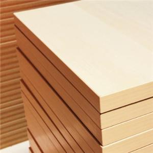 楊木板材展示