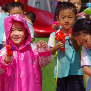 温泉幼儿园锻炼孩子