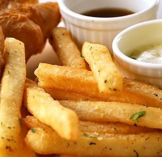 安屿炸鸡薯条