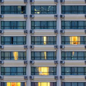逸流公寓夜景