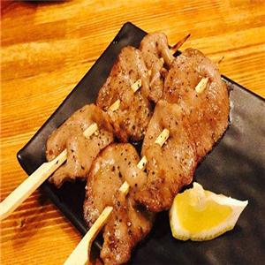 八吉烧鸟日式炭烧料理特色