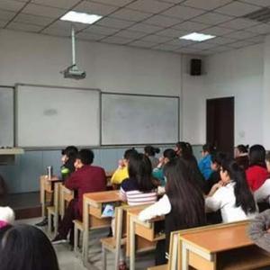 雅歌优学特色教育学校安静