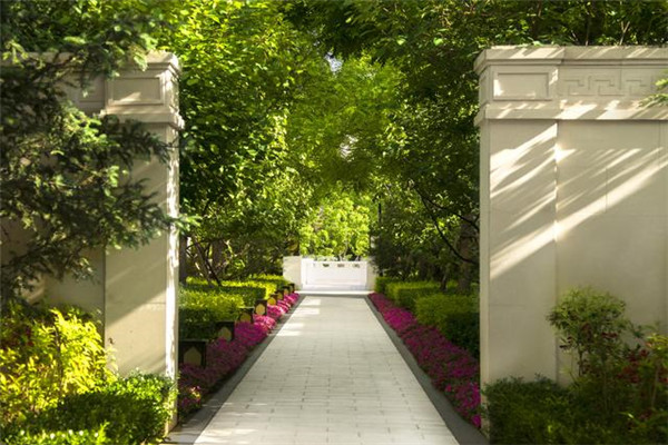 中隱酒店花園