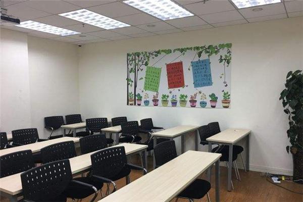 洲宇教育教室