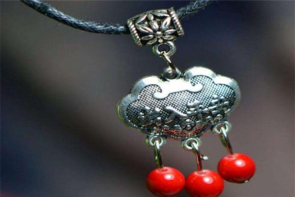 杜國榮民族飾品漂亮