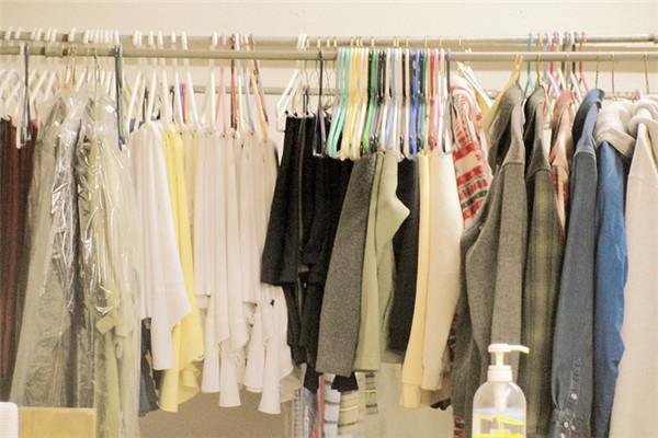 衣佰芬干洗衣服