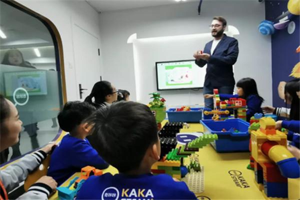 奇咔咔机器人教育