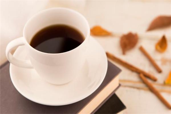 蝶語咖啡書屋美味