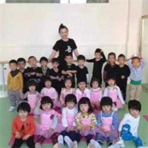 沈陽卓錦萬代蘭幼稚園互動