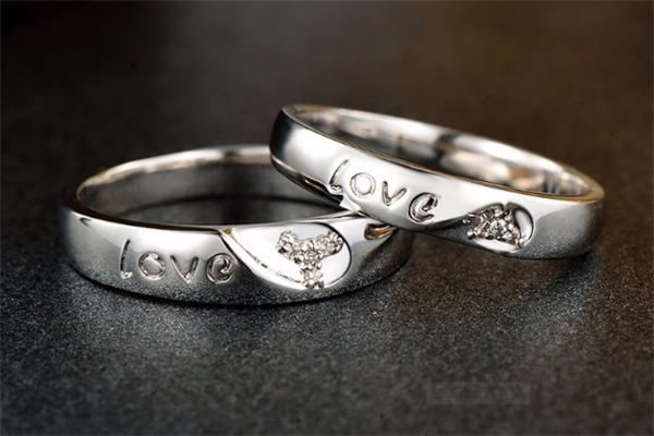 卡地罗高端银饰戒指