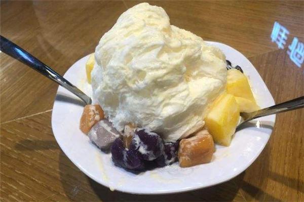 沁心甜品冰淇淋