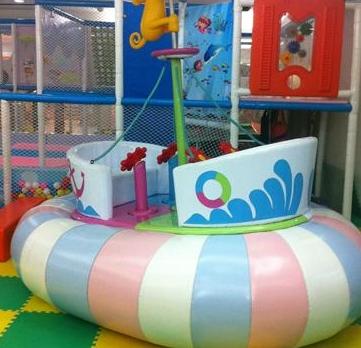 童爱岛儿童游乐园船