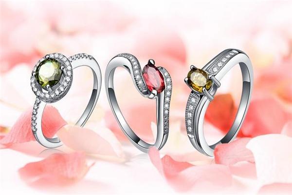 圣牌珠宝戒指