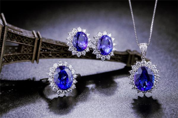 央福珠宝项链