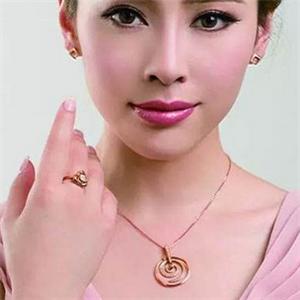 六福寶誠珠寶品牌
