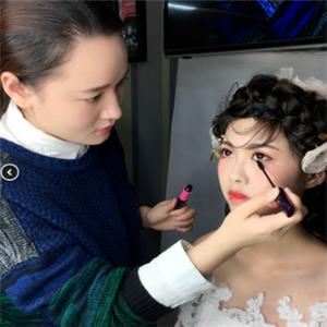 美皇化妝培訓