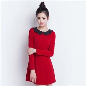A唛女装红色