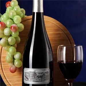 紫钟堡干红葡萄酒浪漫